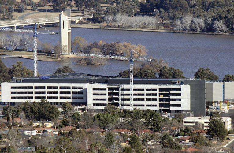 Astăzi, în Australia, sunt mai mulți spionii decât la apogeul Războiului Rece