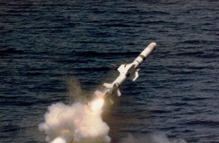 Coreea de Nord construiește două submarine. Unul va putea lansa rachete balistice