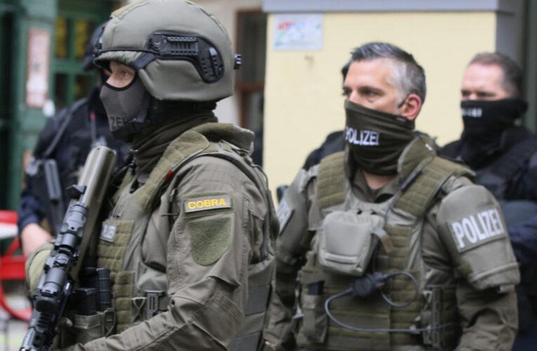 """Prof. dr. Florin Lobonț, UVT: """"Există cazuri, și nu puține, de persoane care au dorit să contribuie la expansiunea Statului Islamic"""""""